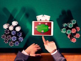 Игра на планшете в покер